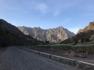 Hauptstrasse in Cha de Pedras