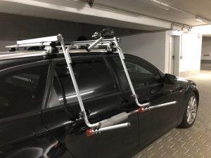 Tandemgrundträger noch ohne Rinne in der Garage